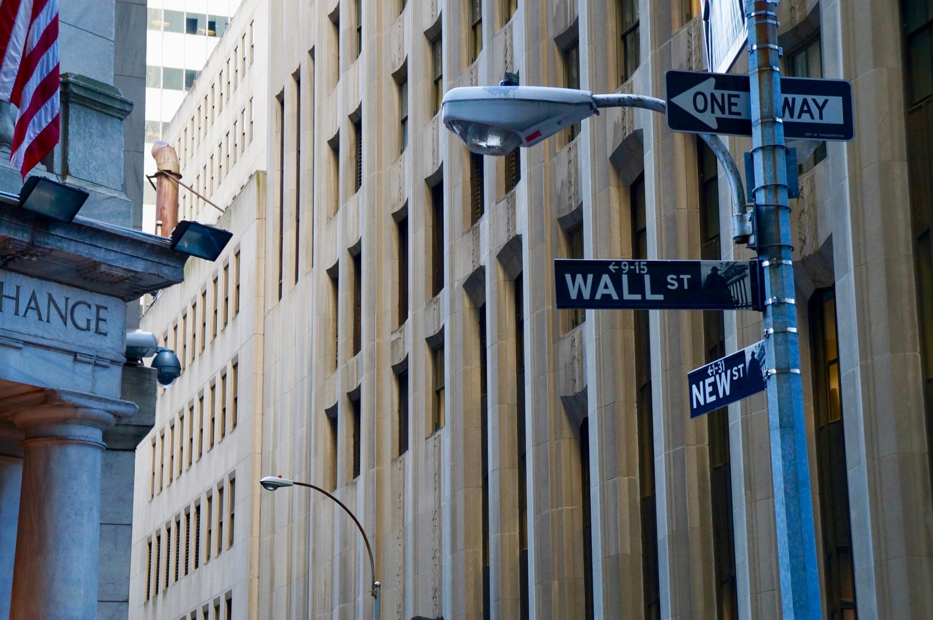 銀行や証券会社からコンサルに転職して成功する人が多いのはなぜか